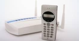 Voice over IP Mobiltelefon ©iStockphoto/Tom Gufler